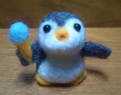 羊毛フェルトの第1作目ペンギンさん