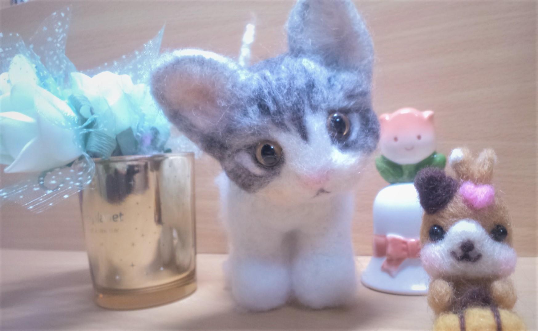 羊毛フェルト-ネコちゃん真正面