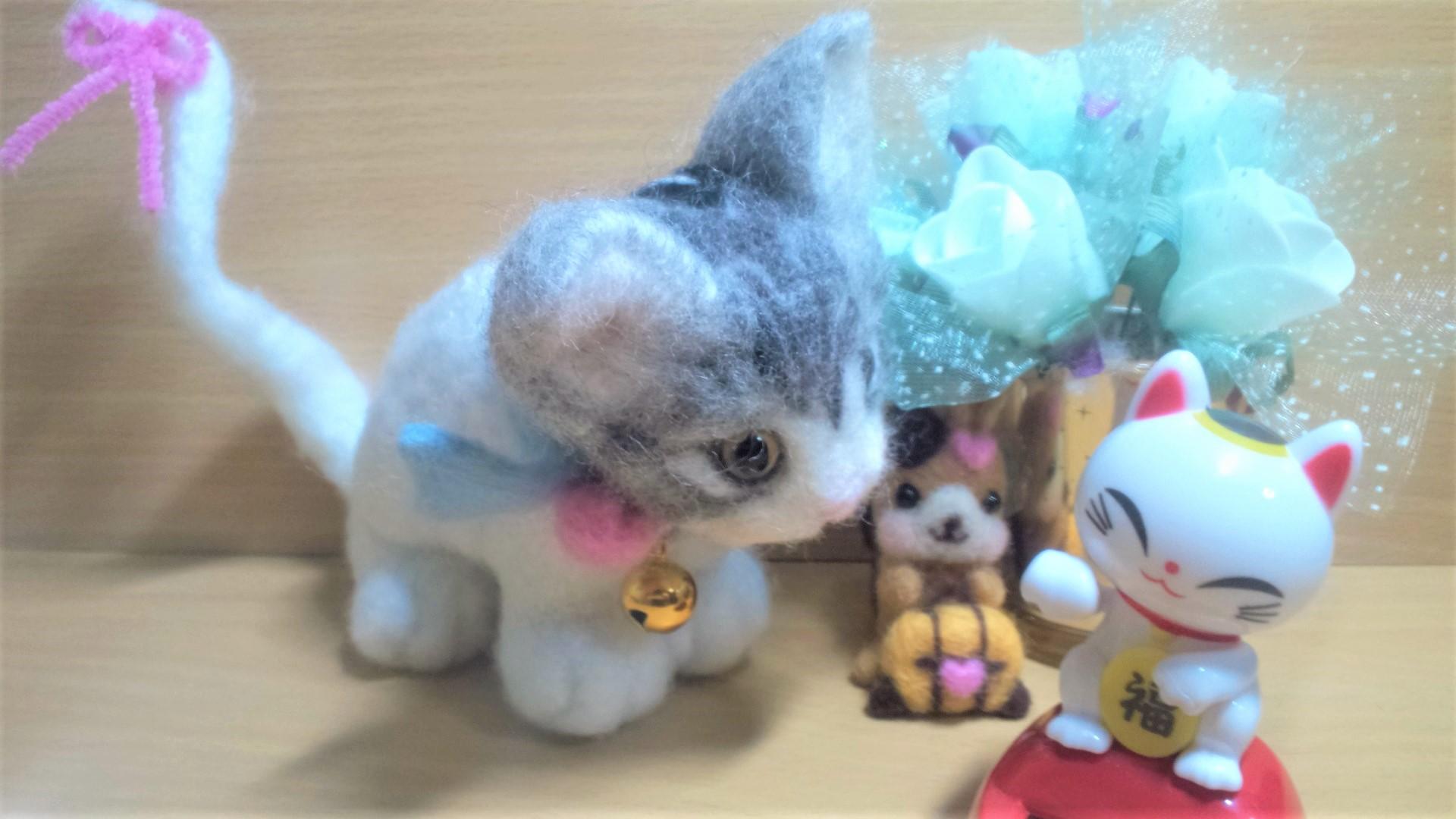 羊毛フェルト-ネコちゃんの猫背