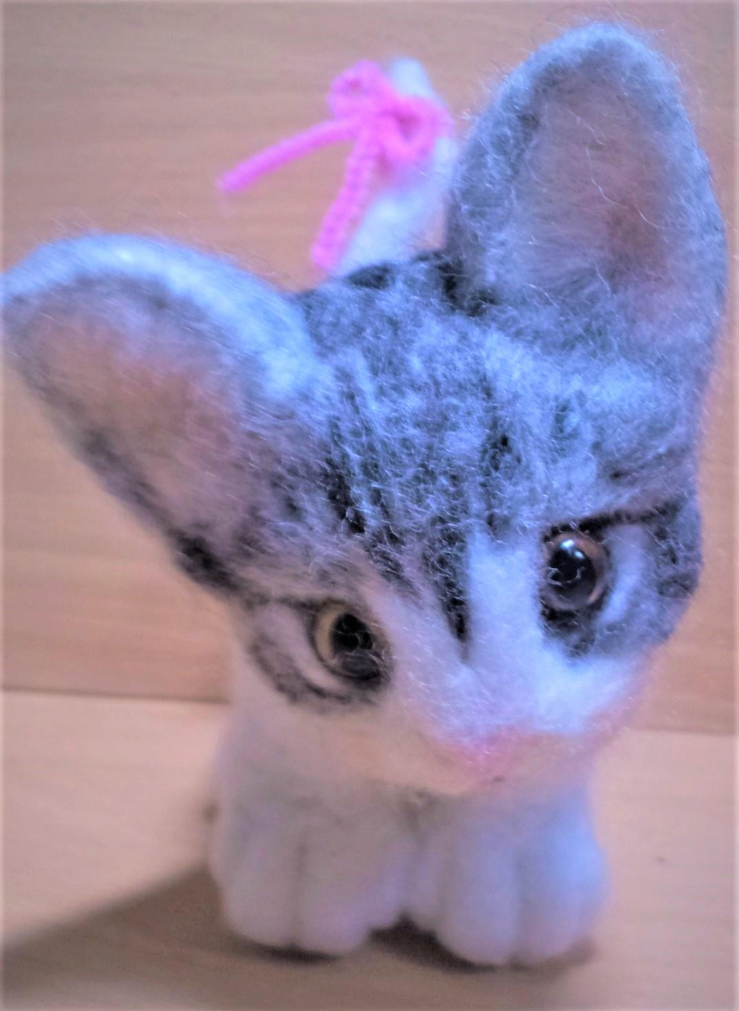 羊毛フェルト-猫ちゃんドアップ